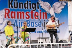 Musik bei Kündigt Ramstein, Berlin