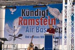 Friedensvortrag Kündigt Ramstein, Berlin